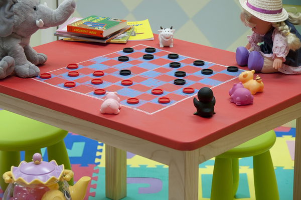 benjamin-moore-tintable-chalkboard-paint-checkers