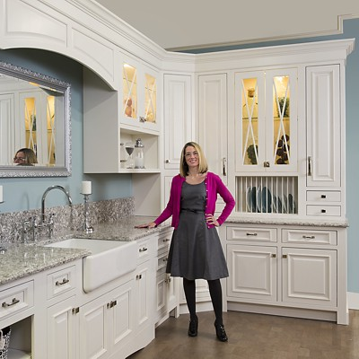 general-manager-brandy-souza-kitchen-views-showroom-mansfield-ma-400x400