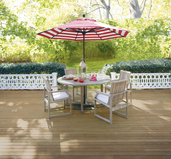 Deck with table & umbrella- Arborcoat Semi-Transparent Fairview Taupe